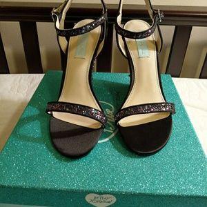 New! New! Betsey Johnson black multi wedge sandal